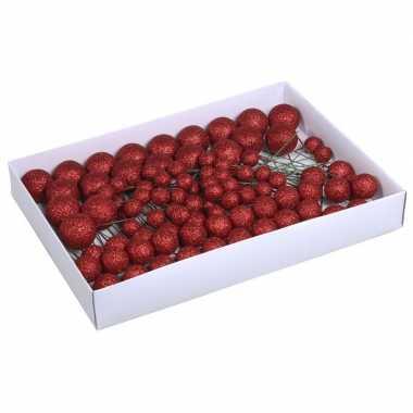 Plastic 100x rode glitter mini kerstballen stekers kunststof 2/3/4 cm