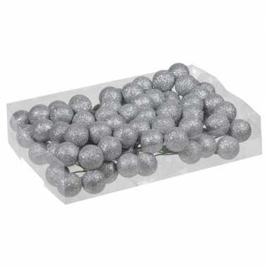Plastic 80x zilveren glitter mini kerstballen stekers kunststof 3 cm