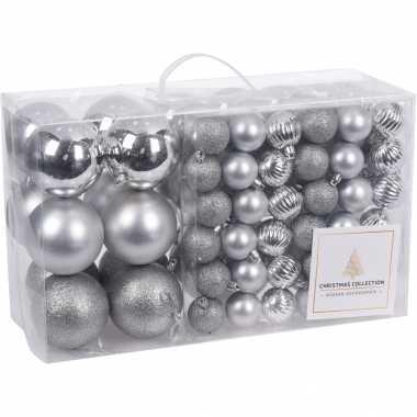Plastic 94 delige kerstboomversiering kunststof kerstballen set zilver