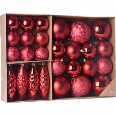 Plastic kerstballen/ornamenten pakket 31x rode kunststof kerstballen mix