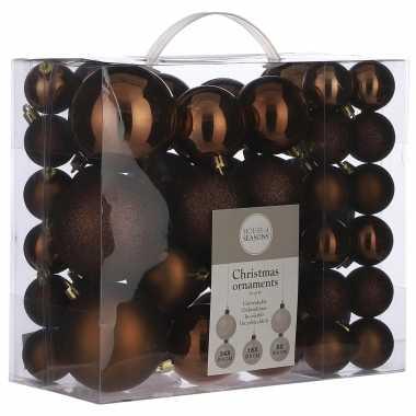 Plastic kerstballenpakket 46x kastanje bruine kunststof kerstballen mix