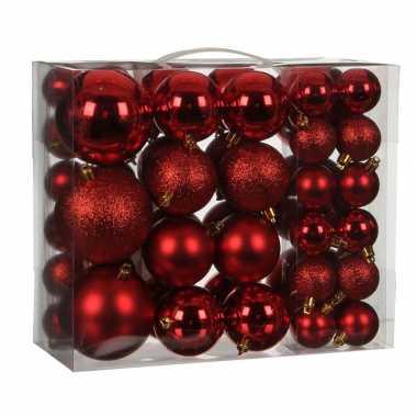 Plastic kerstballenpakket 46x rode kunststof kerstballen mix