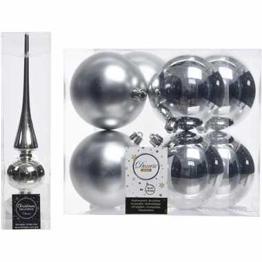 Plastic kerstboom decoratie zilver piek en 8x kerstballen 10 cm
