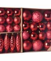 Plastic kerstballen ornamenten pakket 31x rode kunststof kerstballen mix